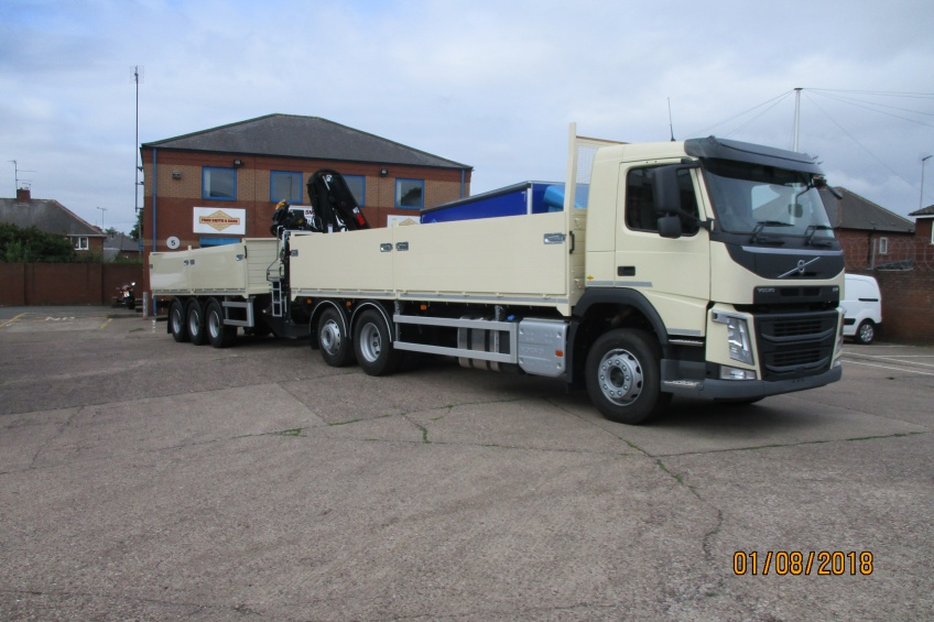 draw bar, drawbar, dropside, paint, volvo