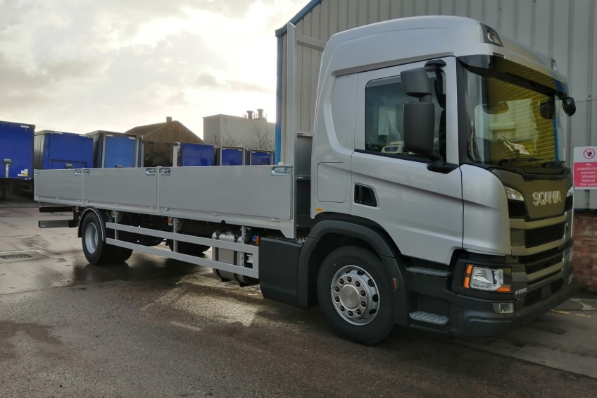 aluminium dropside body, scania, paint, pesca locks,
