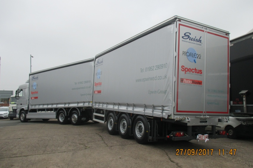 drawbar, draw bar, trailer, curtain side, daf paint, side skirts