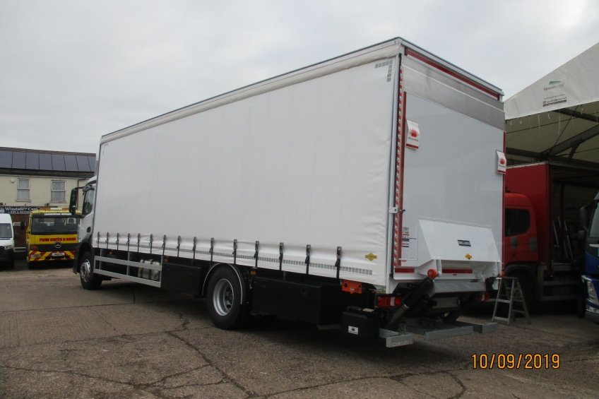 curtain/box, curtain side and box body, cantilever tail lift, paint, tool boxes, mercedes benz, antos, actros, events